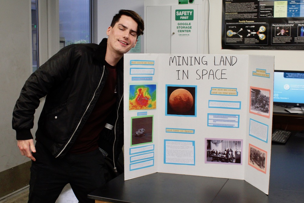 Travis presents his project on Arizona mining and applications to asteroid mining